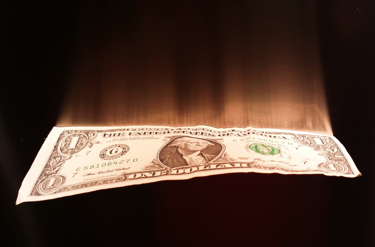 Paolo-Monti-Flying dollar, 2005
